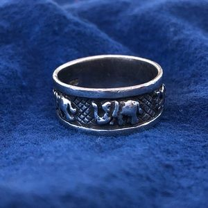 Vintage sterling band ring with elephants